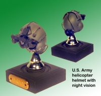 US Army helicopter pilot helmet w/ nvg