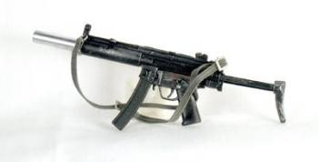 MP5-SD2 with silencer and sliding stock