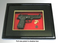 Award USMC Shadow box ( Baretta pistol)