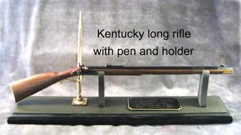 Kentucky long Rifle desk set