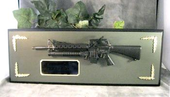 M-16 wall plaque award