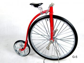 Old style high wheel bicycle