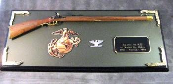 Award 1/3 scale Kentucky long rifle USMC