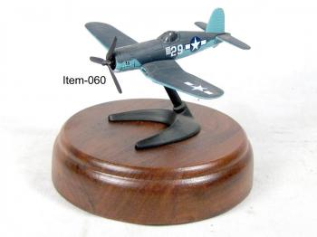 ww2 F4-u Corsair number 29