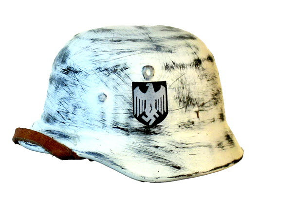 Helmet winter white with Luftwaffe decal - Click Image to Close