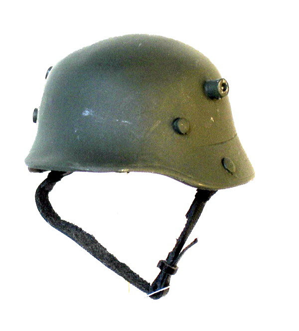 WW 1 standard issue helmet - Click Image to Close