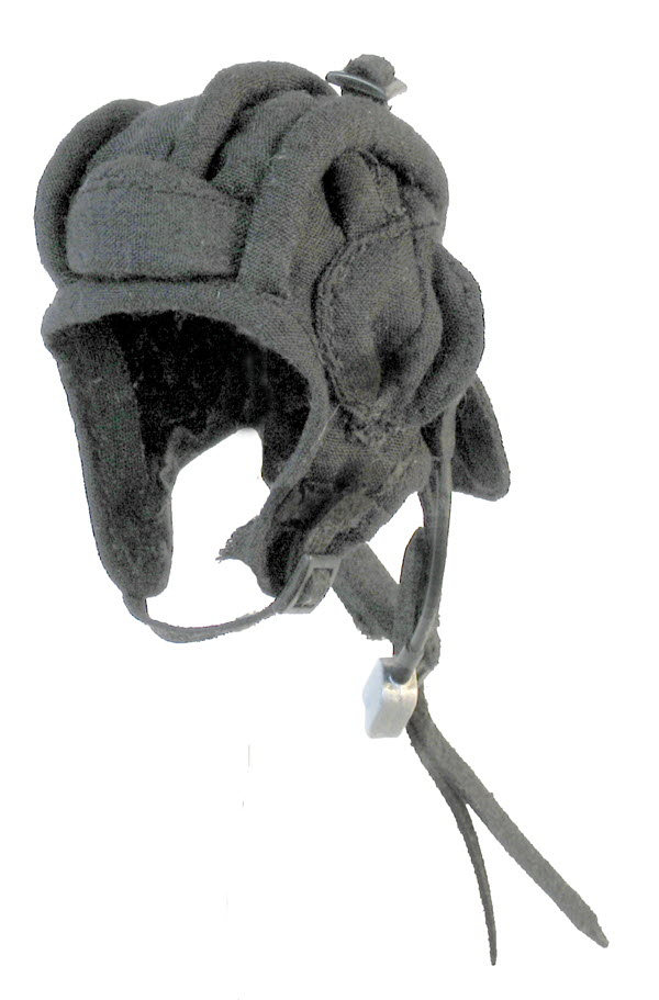 Russian tanker helmet (cloth) - Click Image to Close