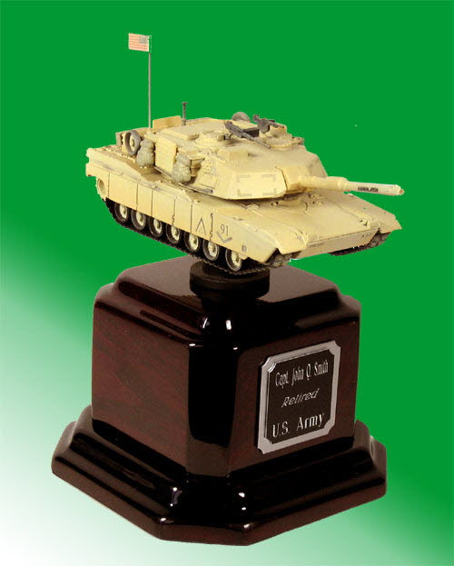 M1A1 Abrams tank on Rosewood base - Click Image to Close