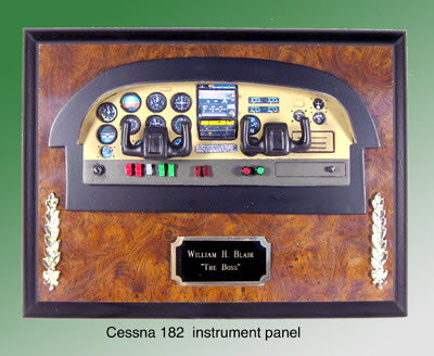 Cessna 182 instrument panel - Click Image to Close