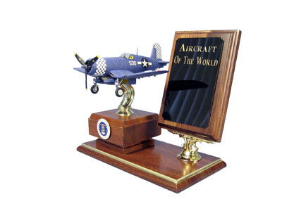 F-4 U U.S.M.C. Table top display - Click Image to Close