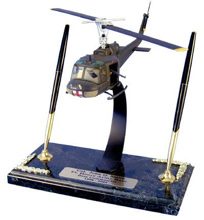 "U.S. Army Bell UH-1D Huey ""Dust Off"" helicopter - Click Image to Close"