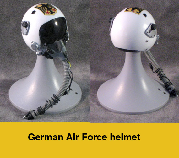 German Air Force Pillot Helmet - Click Image to Close