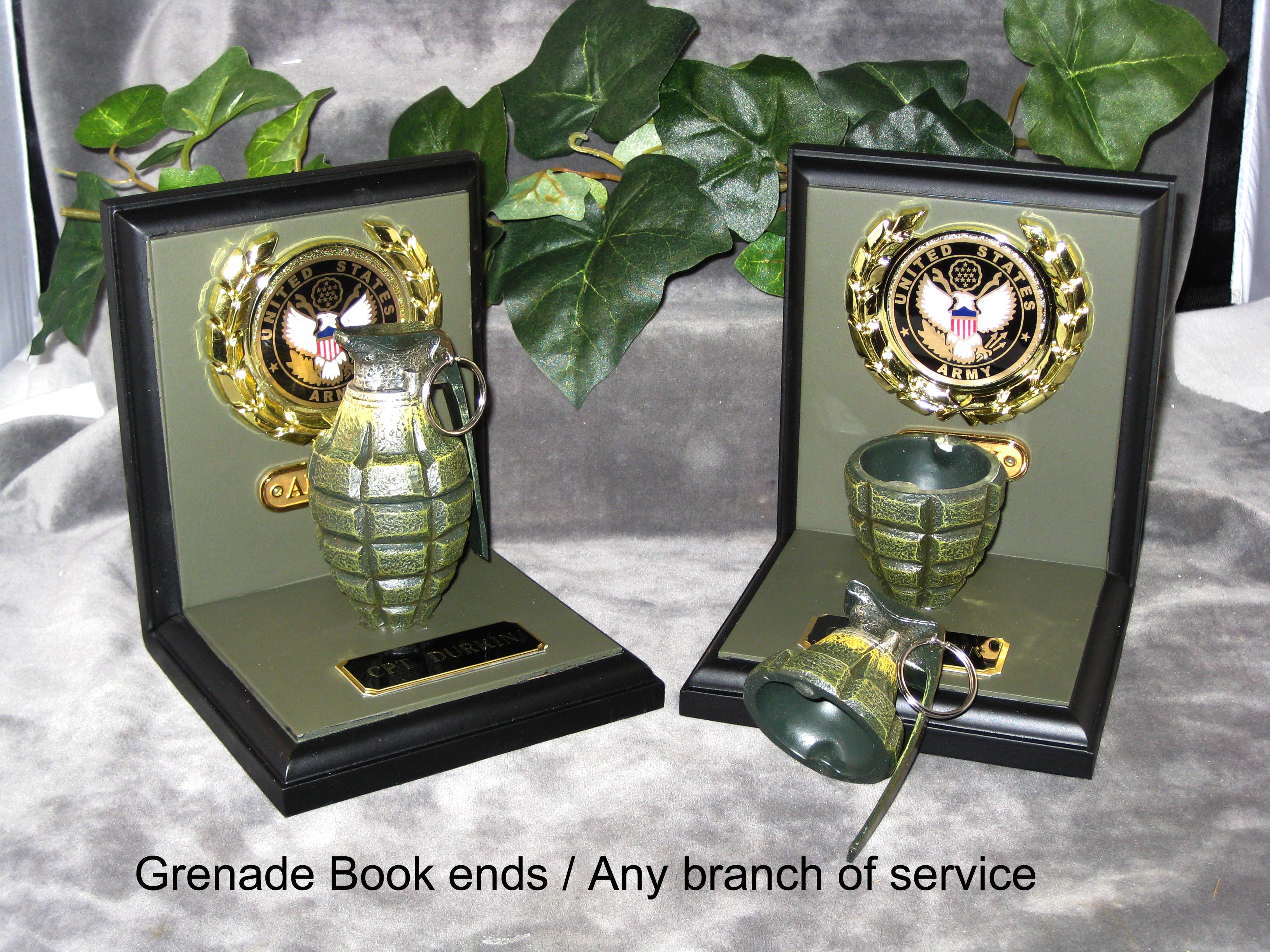 U.S.Army Grenade bookends - Click Image to Close