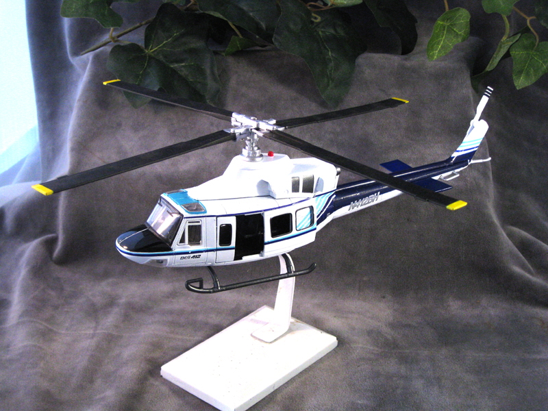 Bell 412 seriesw helicopter Civilian - Click Image to Close