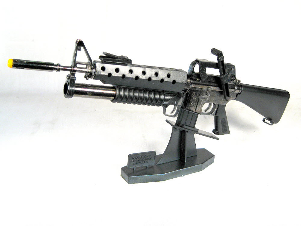 "U.S. M-16 w/m203 on stand (Metal 13"" long) has working parts.(Very limited quanity) - Click Image to Close"
