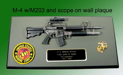 M-4 rifle with M203 launcher on wall plaque - Click Image to Close