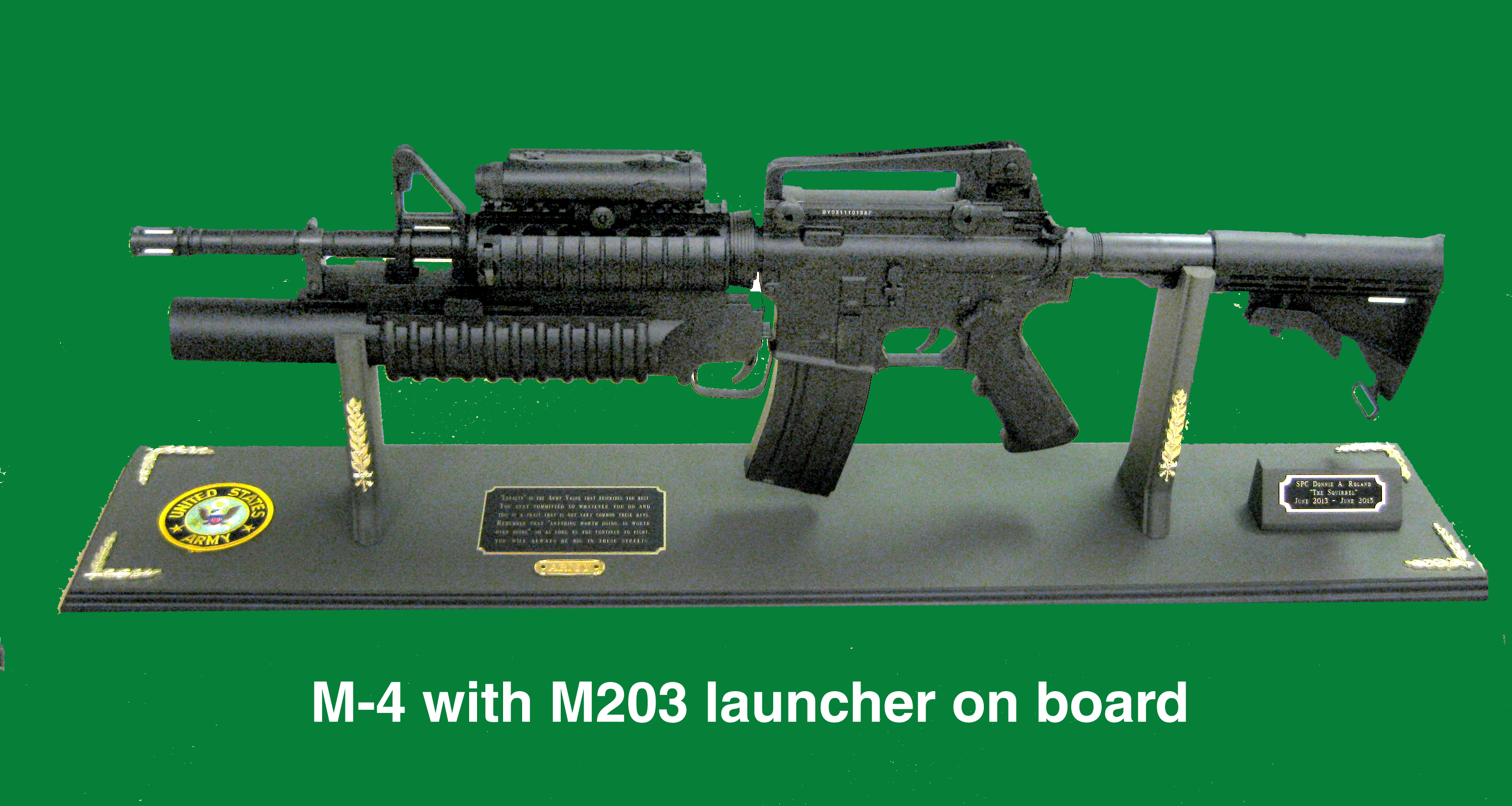 Award M4 w/M203 full size on dispaly board - Click Image to Close