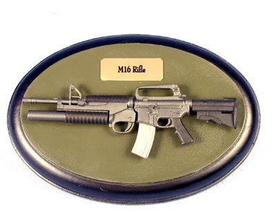 M-16 on oblong board - Click Image to Close