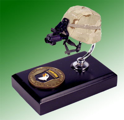 U.S. Army Gulf War helmet 101st Airborne - Click Image to Close