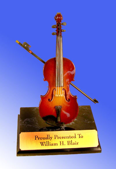 mini violin on base - Click Image to Close