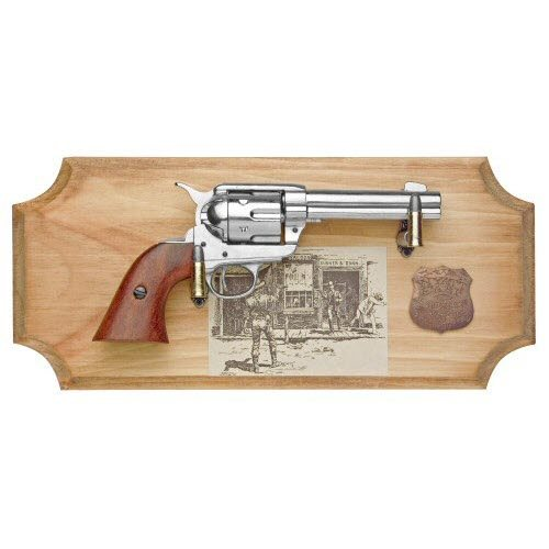Wyatt Earp six shooter ( framed ) Metal - Click Image to Close